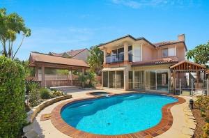 Private & Secure Golf Course Estate Living