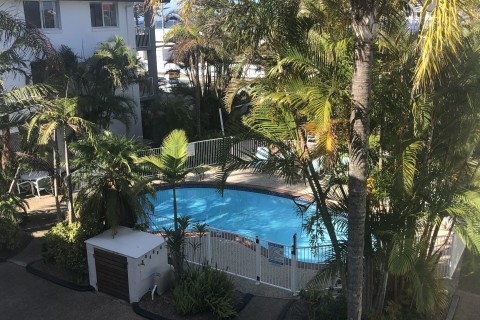 FURNISHED BEACHSIDE UNIT – POOL & TANDEM PARKING